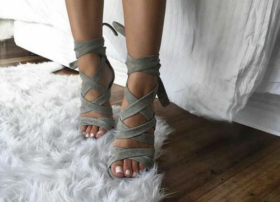 A fűzős szandáloknál nem lesz divatosabb cipő idén nyáron - beautyFY 9e3d9bfcd1