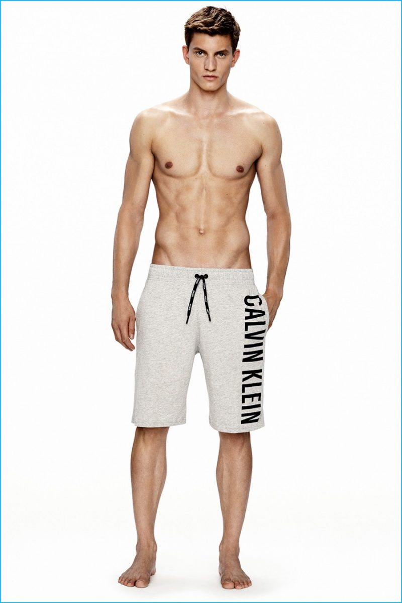 Calvin-Klein-Swimwear-2016-Men-004-800x1199