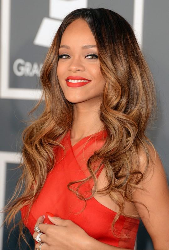 Rihanna-Ombre-Hair-Styles