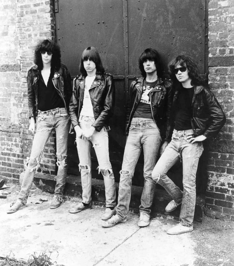 1970, The Ramones, farmer.