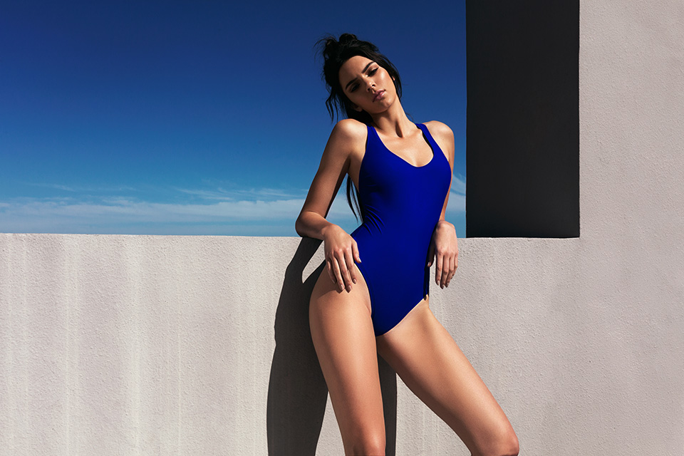 kendall-kylie-jenner-swimsuit-topshop-005