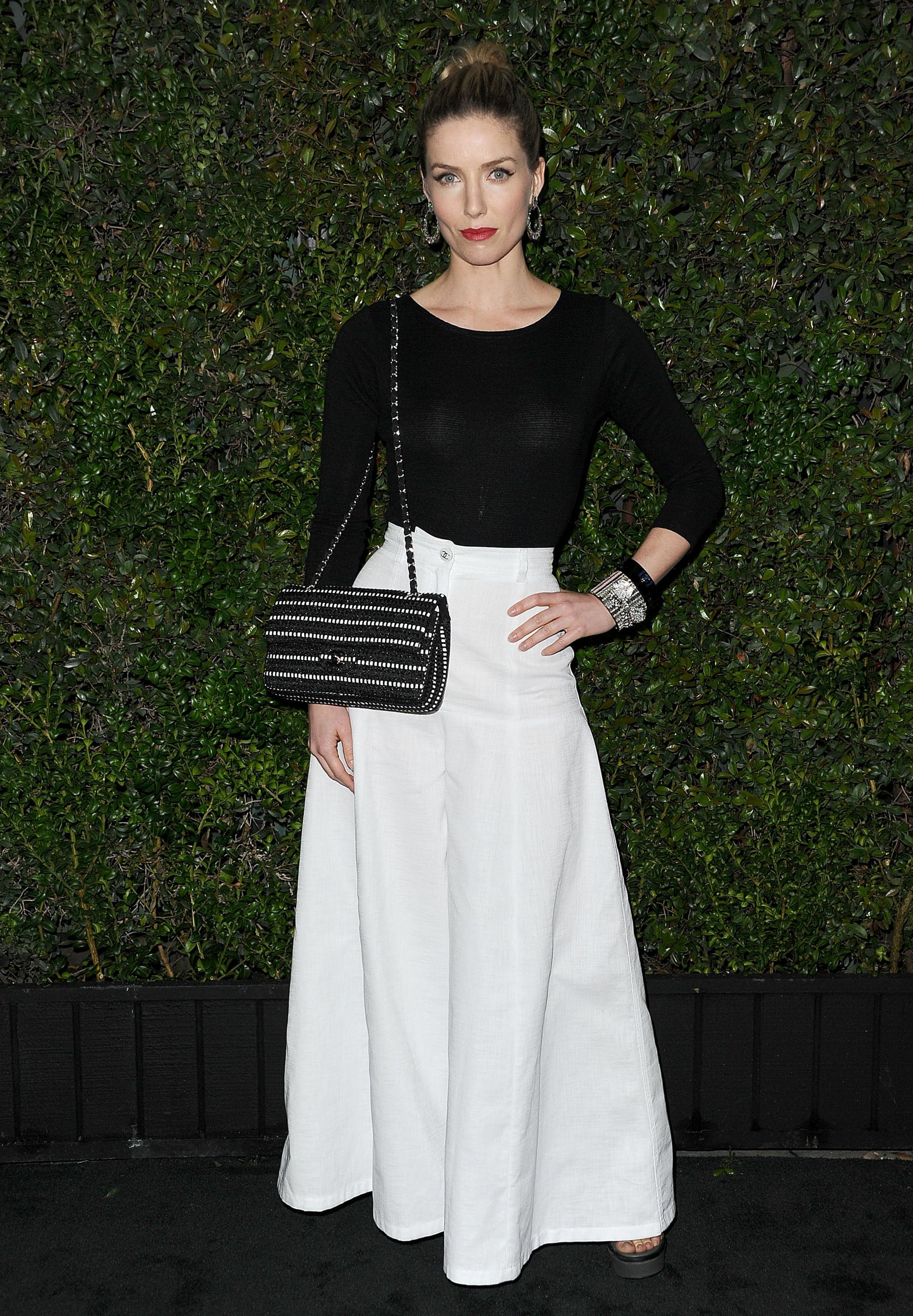 full-skirt-simple-top-allowed-all-eyes-Chanel-bag