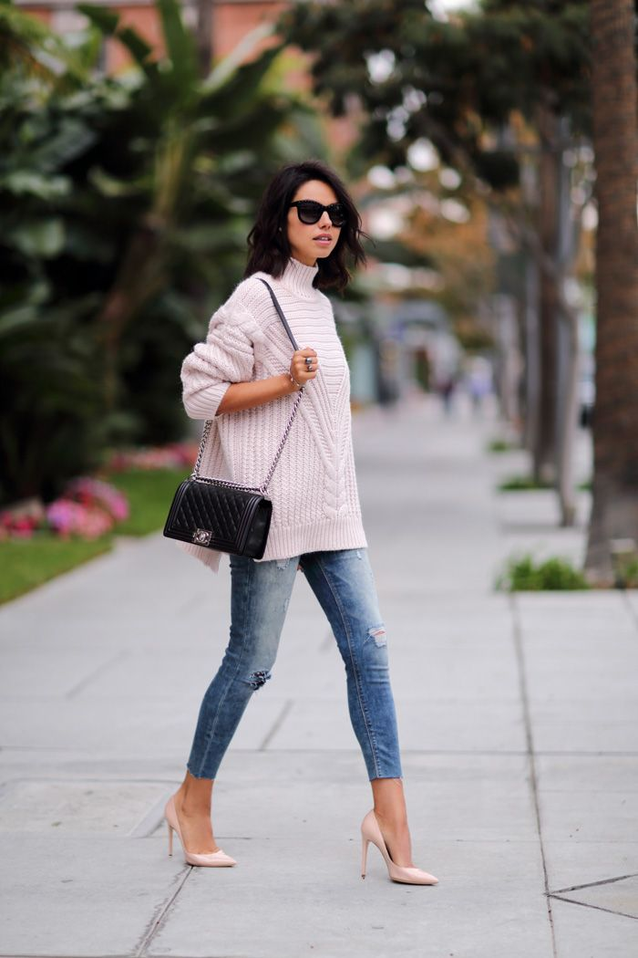 oversized-sweater-and-jeans