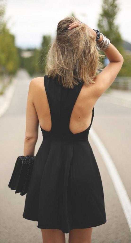street-style-black-dress-@wachabuy1-554x1024