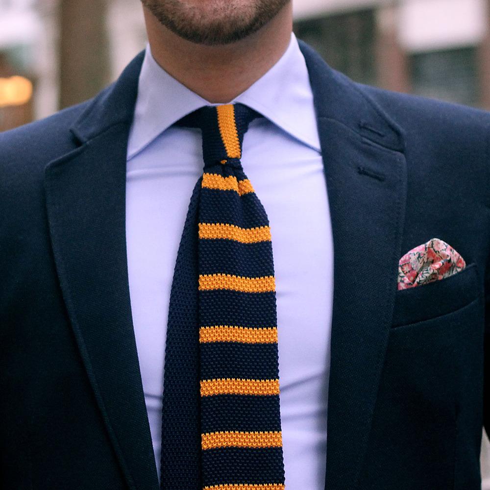 Kötött Nyakkendő