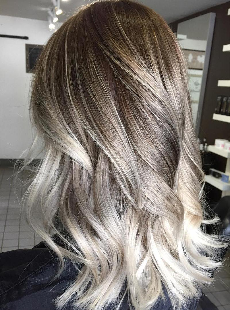 18-ash-blonde-ombre-balayage