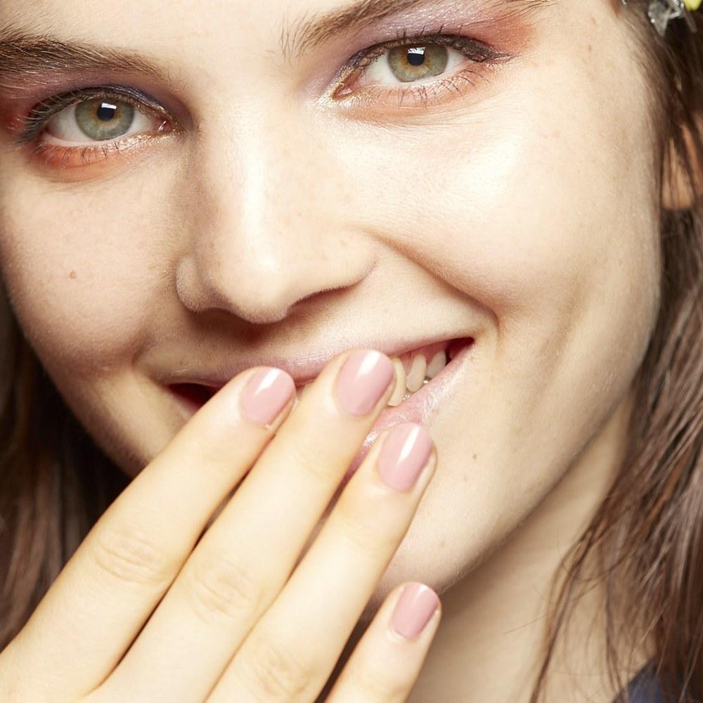 soft-pink-nails-jill-stuart-spring-2017