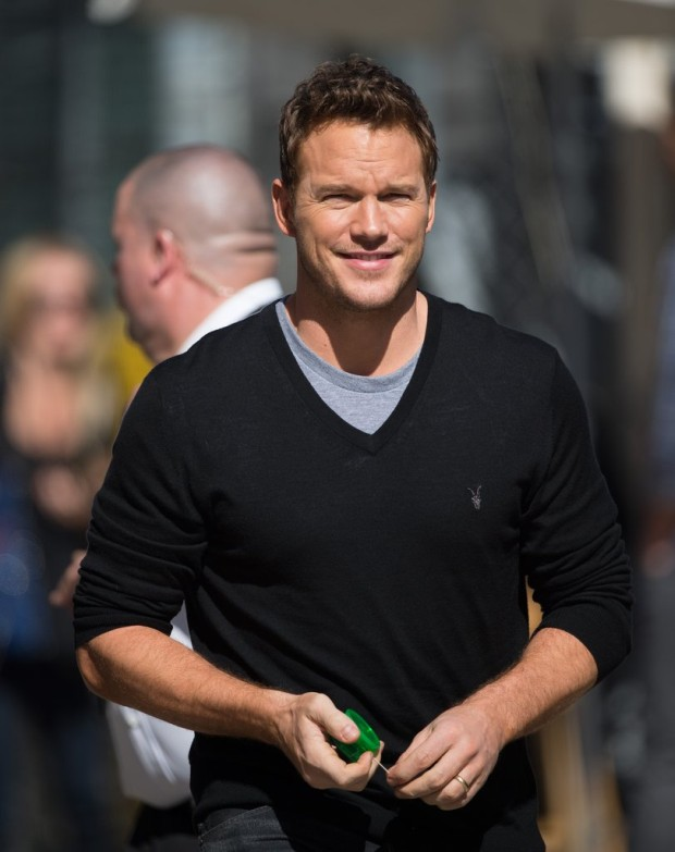 chris_pratt_vneck