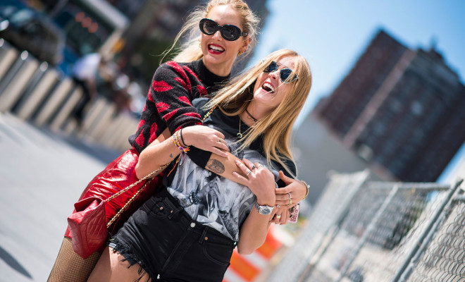 street-style-new-york-fashion-week-spring-2017-23