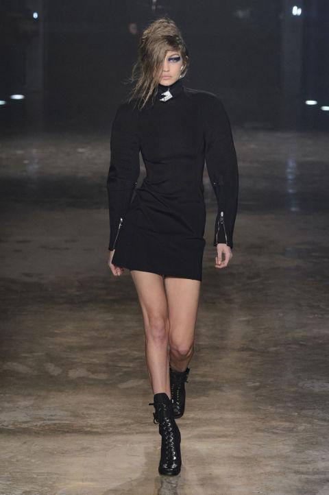 Donatella Versace Dob