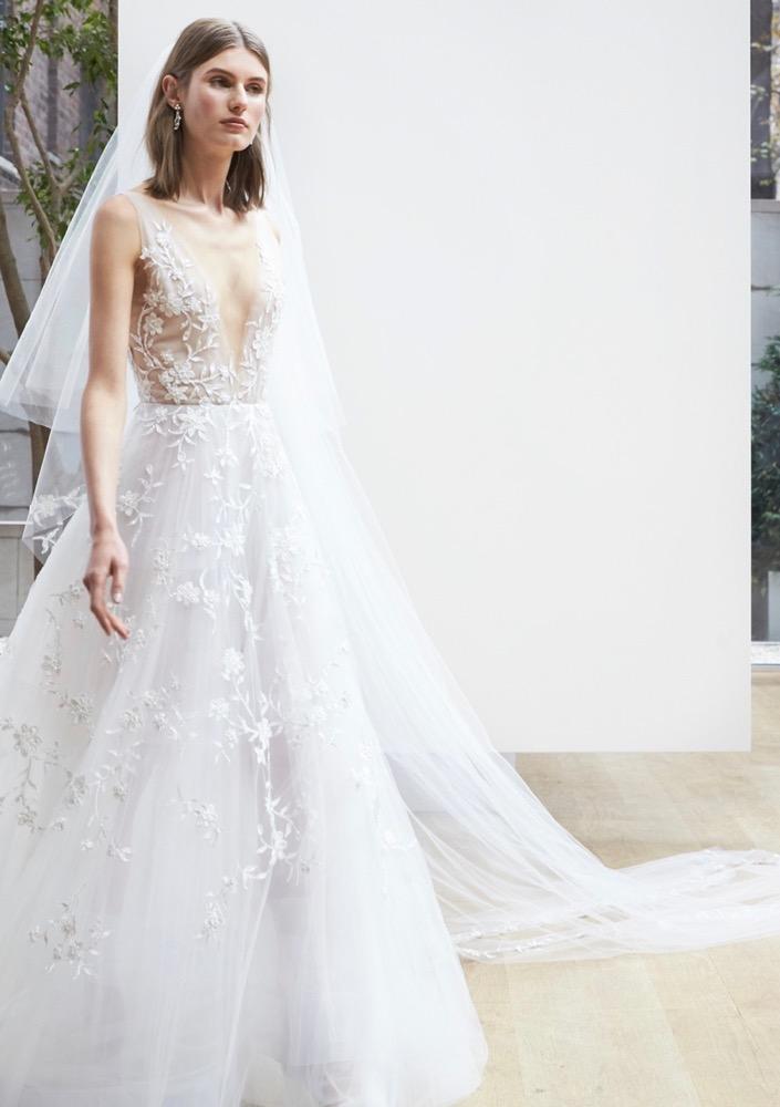 Bridal Fashion Week  ilyen lesz a menyasszonyi ruhatrend 2018-ban ... dabd5e9761