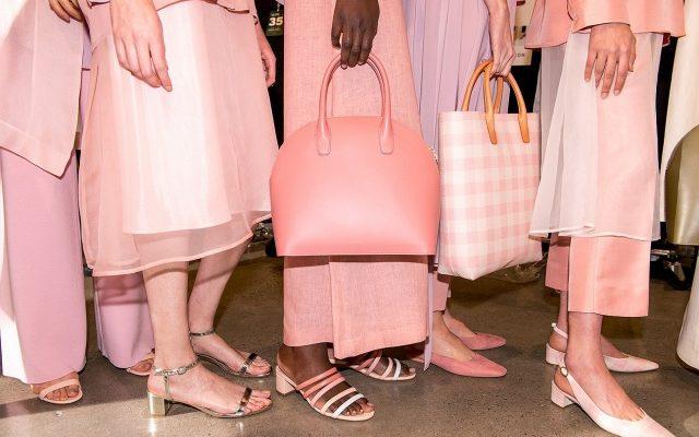 Hivatalosan is menő a kényelmes női cipő 27b09625a2
