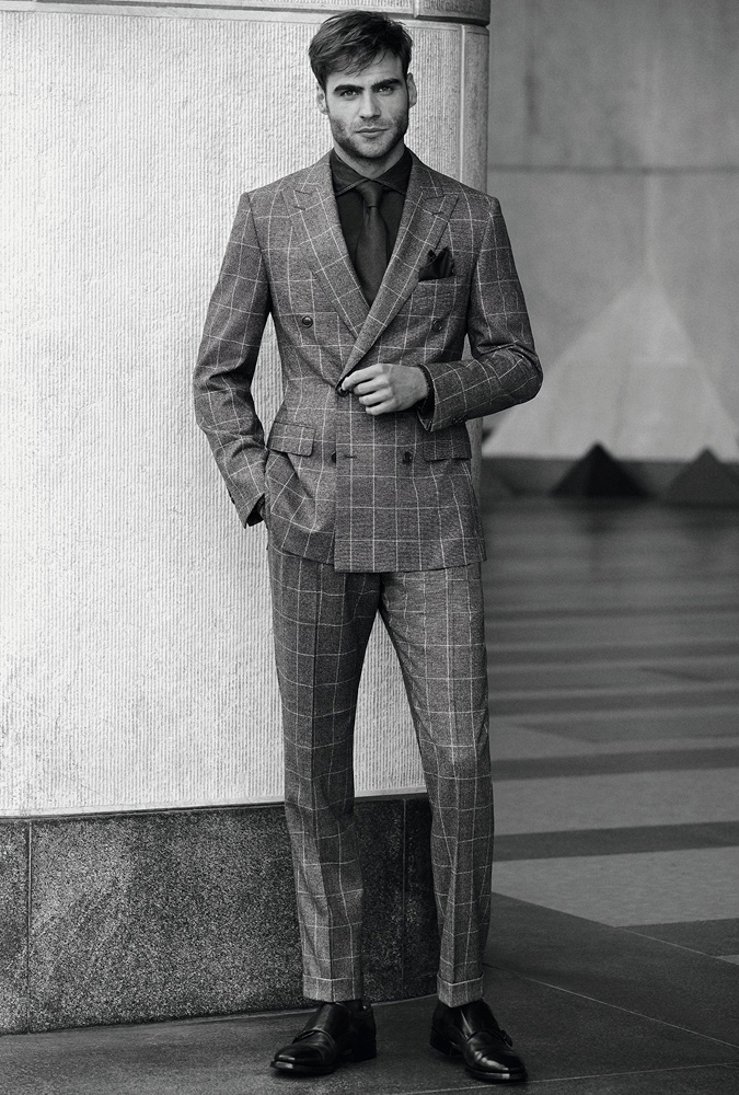 89b342c9ae Kétsoros, kockás öltöny olasz módra. Fotó: Belvest